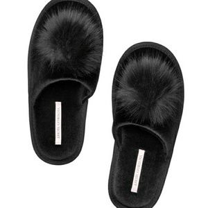 NWOT Victoria's Secret Black Pom Pom Slippers L